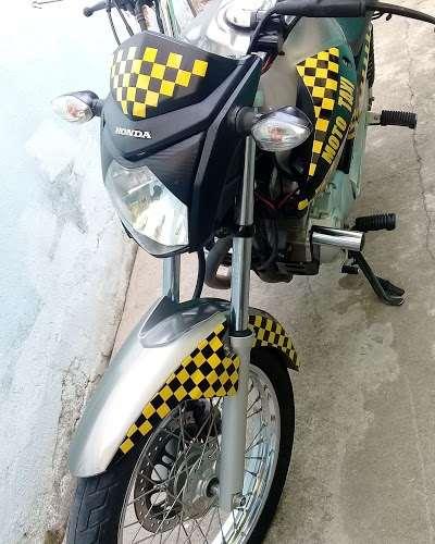 Sergio moto taxi e motoboy de cataguasees